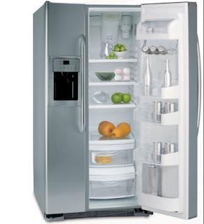 Nhà gọn xinh nhờ tận dụng khoảng trống gần tủ lạnh