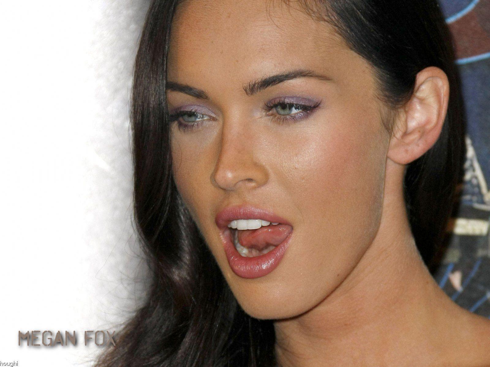 http://3.bp.blogspot.com/-rGI5fv79Z7A/UV6L37dmvGI/AAAAAAAAAro/LudhvChIuFE/s1600/megan-fox-sexy-lips.jpg