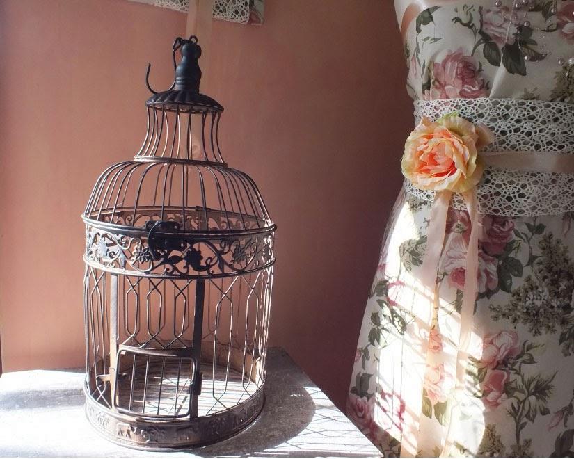 Vintage madárkalitka esküvőre