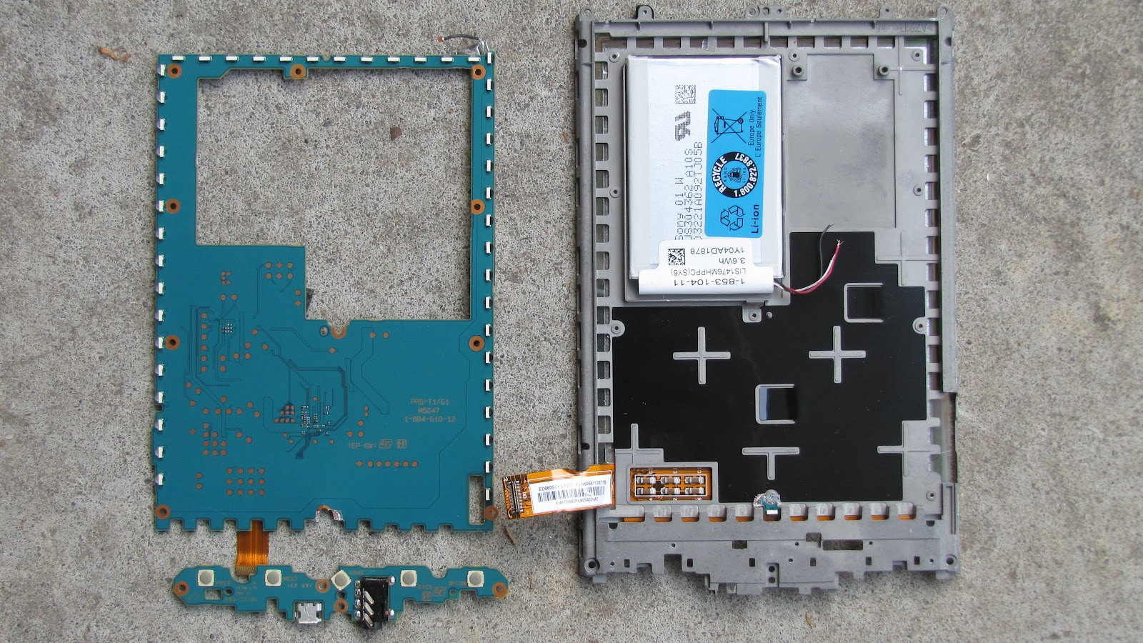 Technical vaults inside a sony prs t1 reader right click and save or open in a new tabwindow if you want full resolution to zoom in on publicscrutiny Images