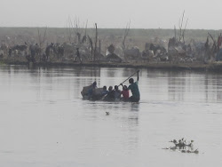Canoeing Across the Bahr el Jebel River, Bor Town, Jonglei