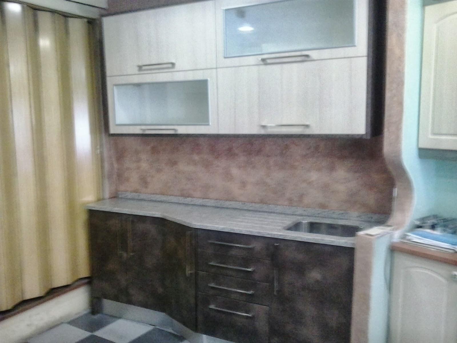 Exposicion laminado 22 mm juno sega cuero sega encimera - Muebles de cocina sueltos ...