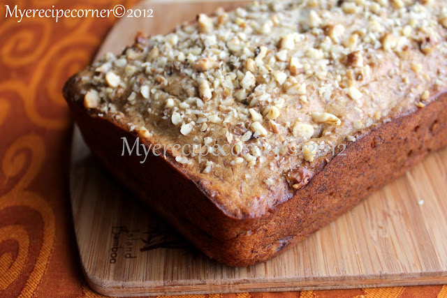 Mye's Kitchen: Eggless Banana Walnut Cake
