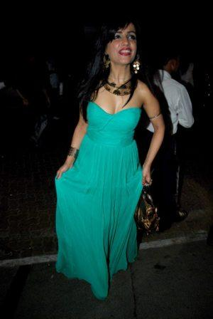 Shibani Kashyap in green gown - Shibani Kashyap Hot in Green Gown