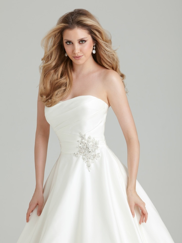Cheap Allure Wedding Dresses 45