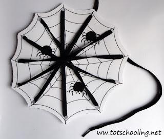 как сделать поделку шнуровку паутинка для детей