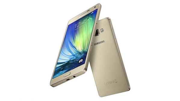 تعلن شركة سامسونج رسميا عن هاتفها الذكي Galaxy A7