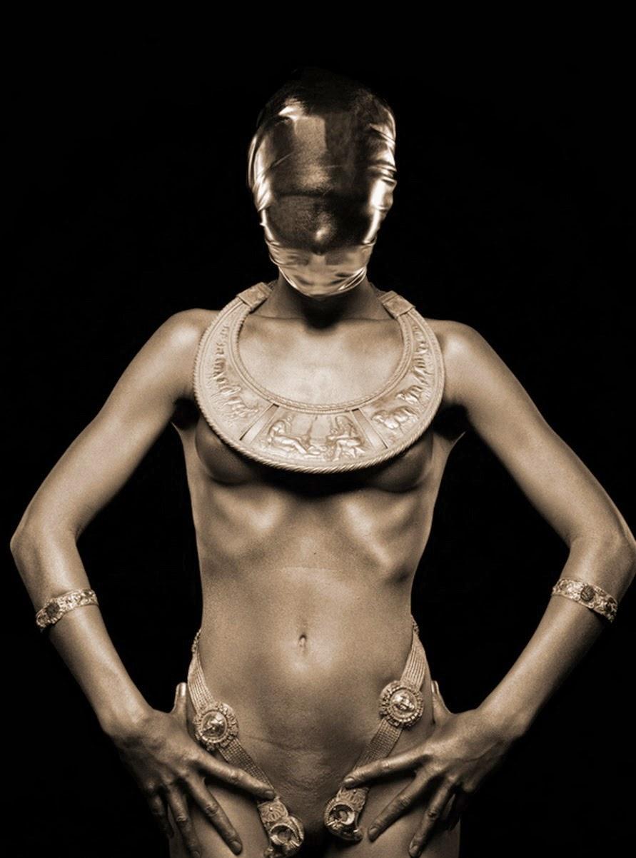 fotos-artisticas-de-mujeres-en-sepia
