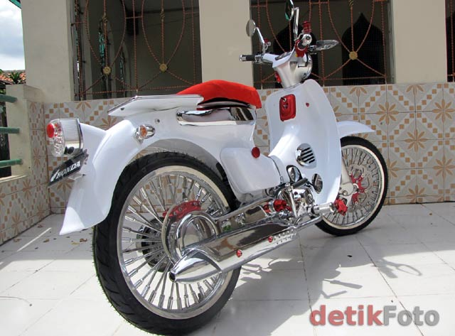 Modifikasi Motor Honda C70 Freewaremini