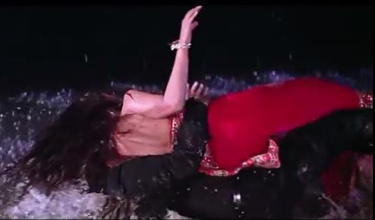 rani mukherjee saif ali khan hot scene