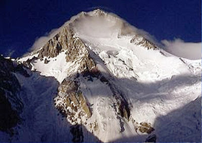 11. Gunung Gasherbrum I