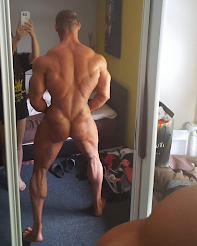 GLUTE SHOT OF THE WEEK