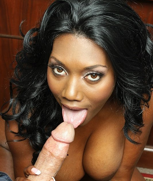 Tempting Nyomi banxxx backroom pussy for a pass like your