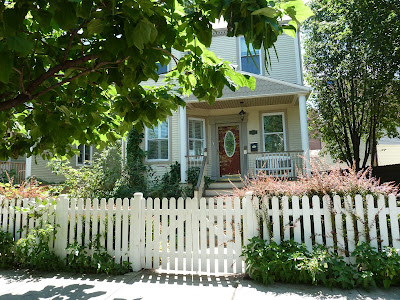SOLD: Lincoln Square single family home $635,000