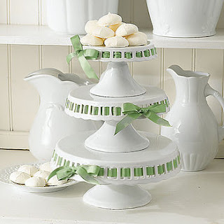 normal cake stands with ribbon tie Beautiful Cake Stands