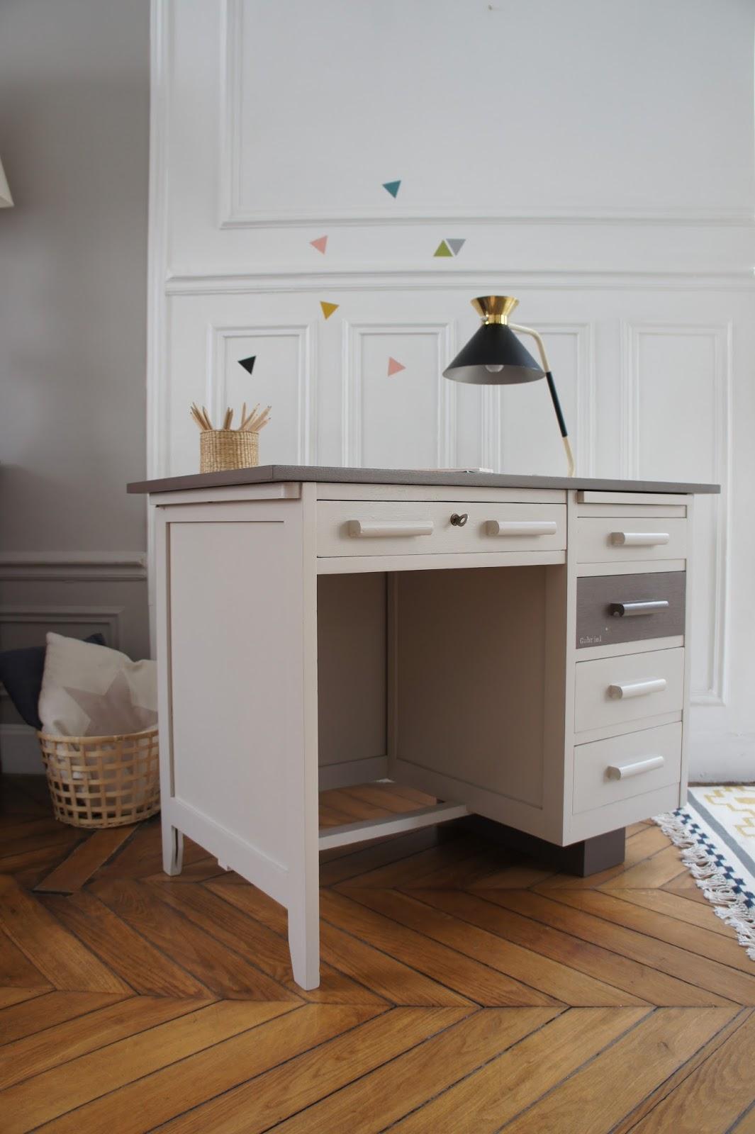 atelier petit toit le bureau de comptable de gabriel. Black Bedroom Furniture Sets. Home Design Ideas