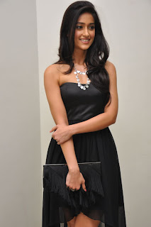 Ileana Hot In Short Skirt Pictures