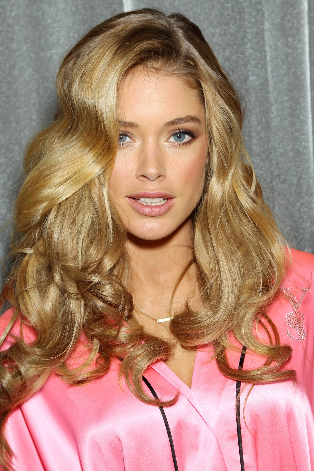 CITIZEN CHIC: Backstage Beauties: Doutzen @ the 2012 ...