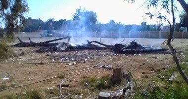 طلاب يشعلون النيران بفناء مدرسة بالوادى الجديد اعتراضا على تهديد إدارة المدرسة بفصل طالبين قاما بالتعدى على مدرس
