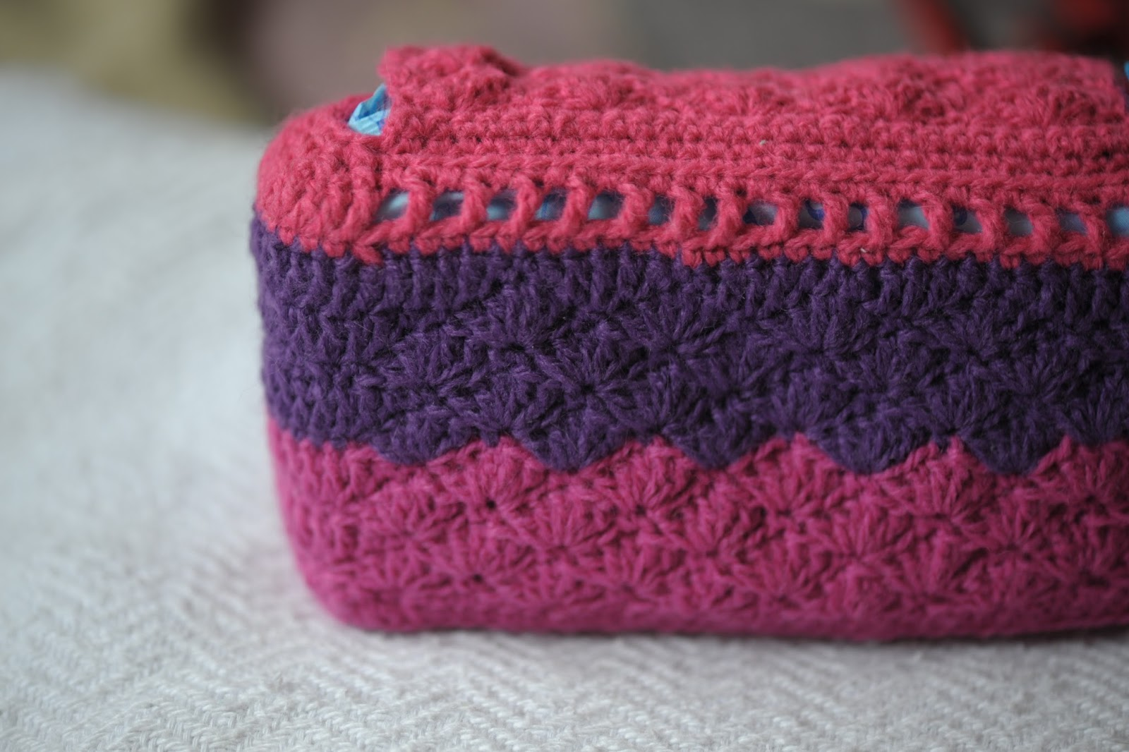Its a crafty world!: Crocheted Toiletry Bag