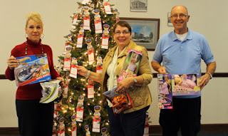 optimist club angel tree