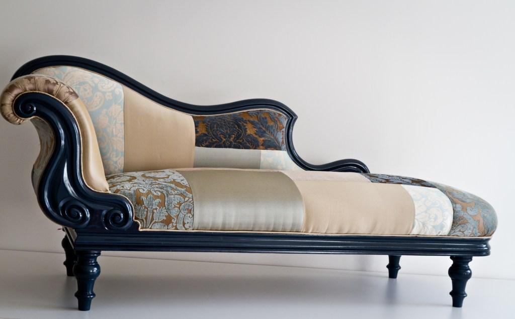 Seekingdecor name design studio 39 s patchwork furniture for Chaise longue patchwork