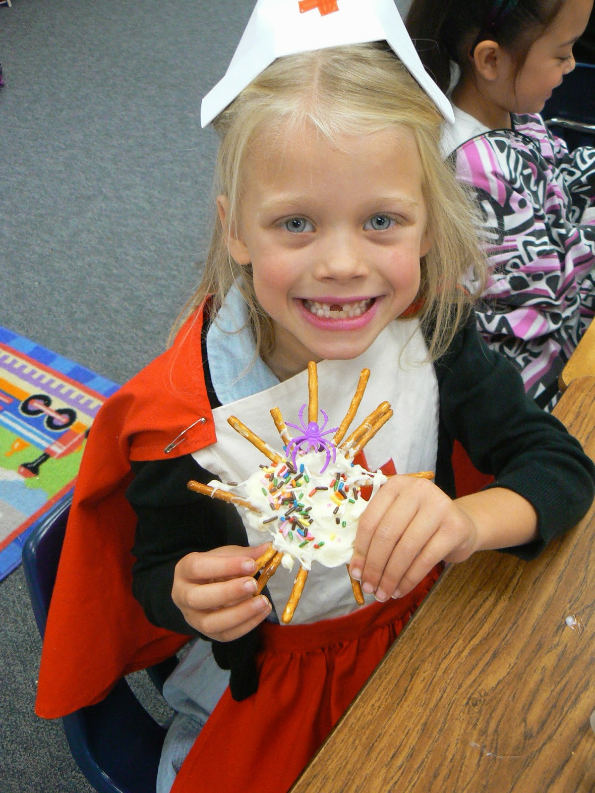 mrs t s first grade class spider web snazzy snack