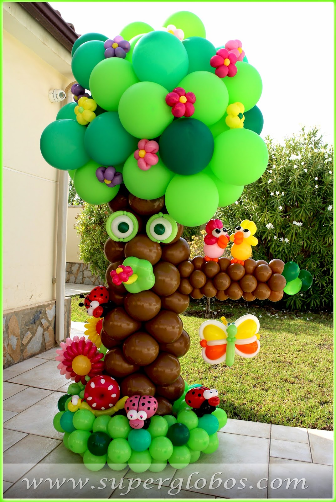 Decoraci n con globos para eventos y fiestas superglobos for Decoracion simple con globos