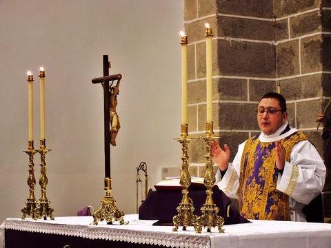 Acci n lit rgica esplendor de la liturgia en c rdoba for Villanueva del duque