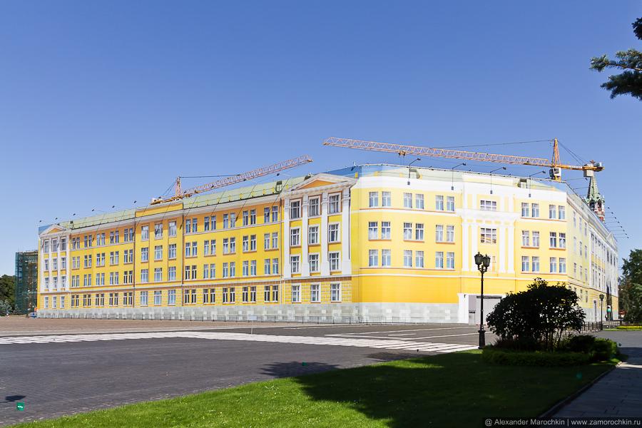 Стройка в Кремле | Reconstruction inside the Kremlin