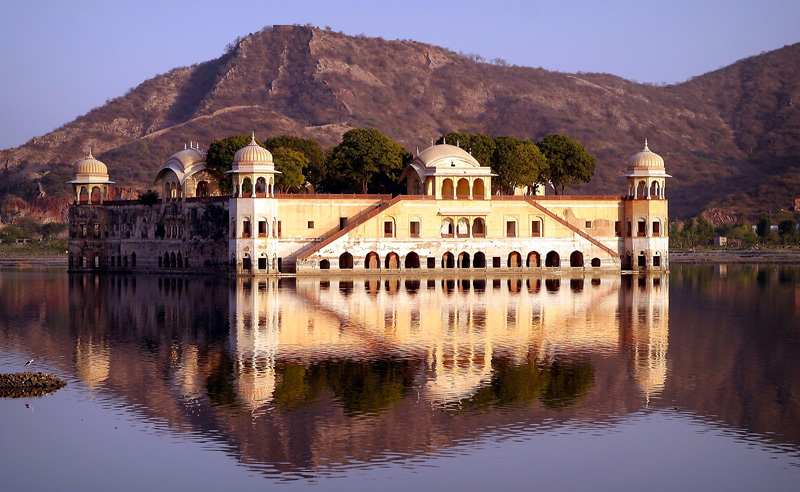 Best Places To Travel In India,Jal Mahal,jaipur