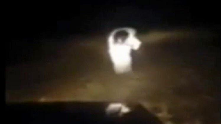 شبح بلاكبيرن يطارد سائق سيارة ويواجهه بالبكاء وصراخ من شدة الخوف