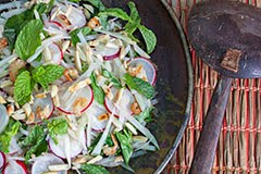 Thai Green Papaya Salad (Paleo)