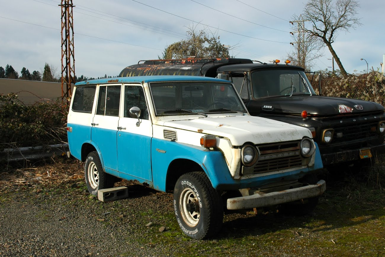 1973 Toyota Land Cruiser on Old Parked Cars   1978 Toyota Land Cruiser