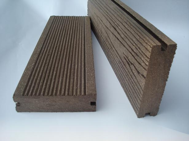Wpc plastic garbage variable wood plastic composites for Wpc decking