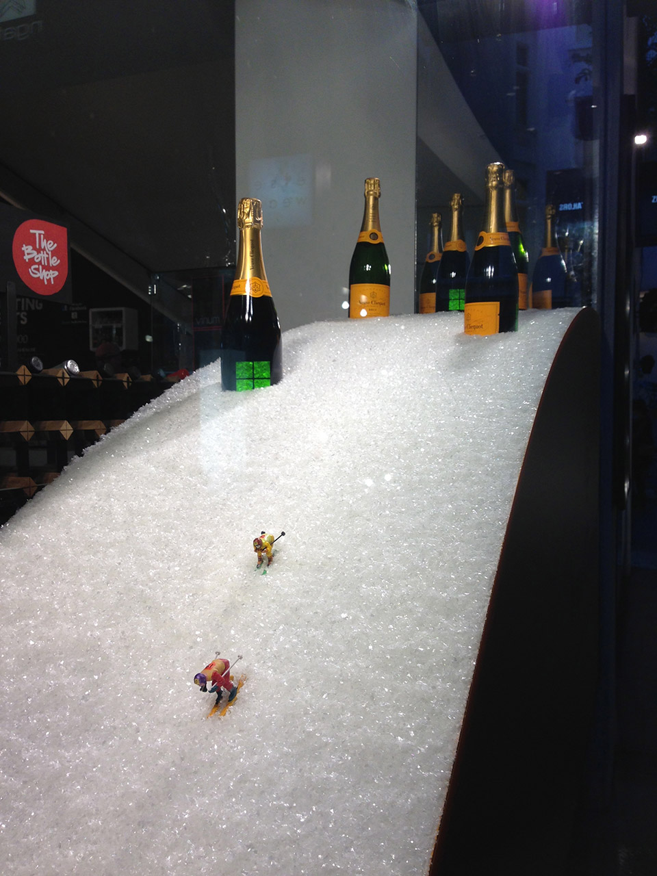 skiers on the slope - Veuve Clicquot - display design by Objet Bart