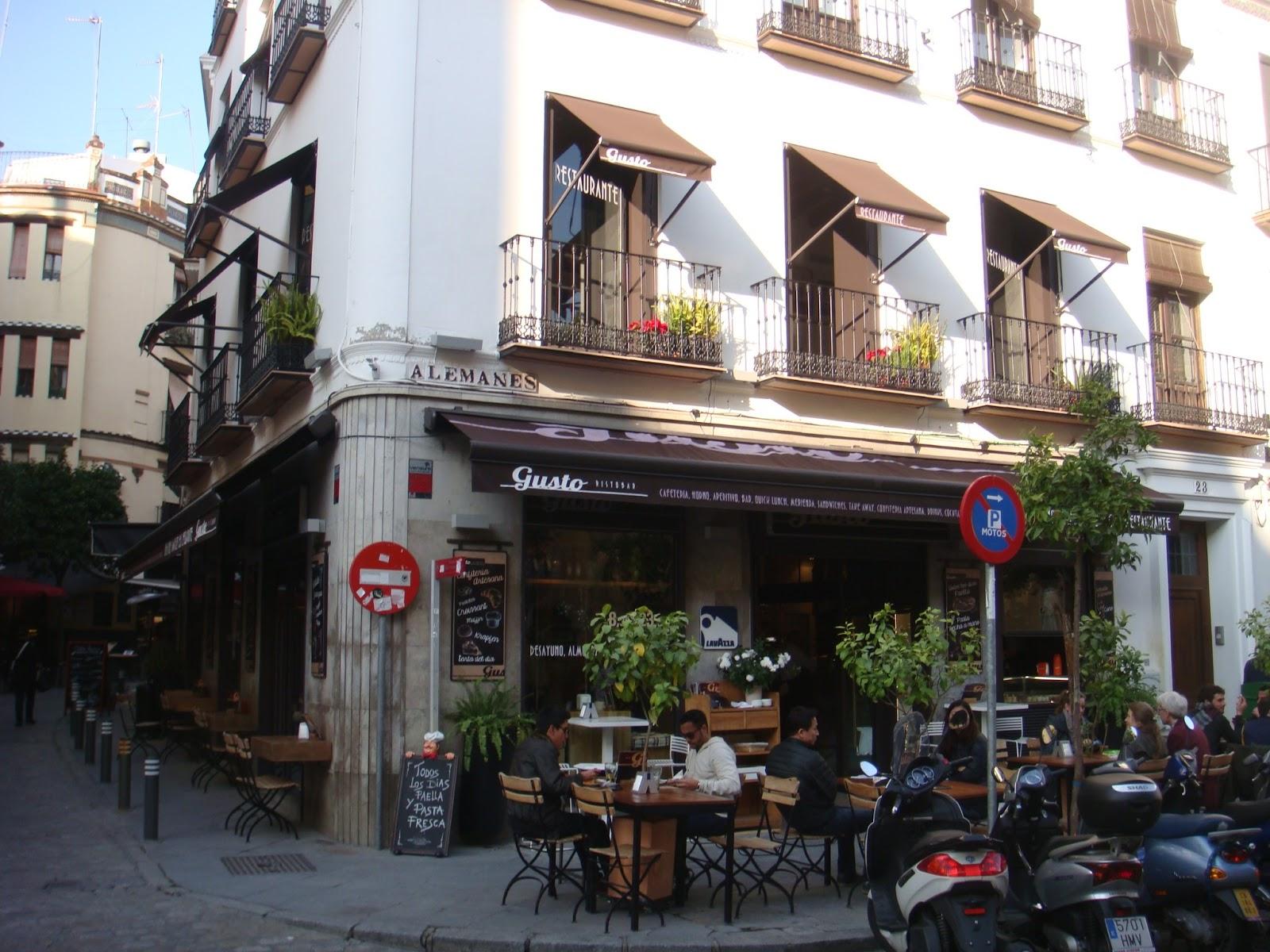 Restaurante italiano gusto bares de tapas de sevilla - Decoracion de bares de tapas ...