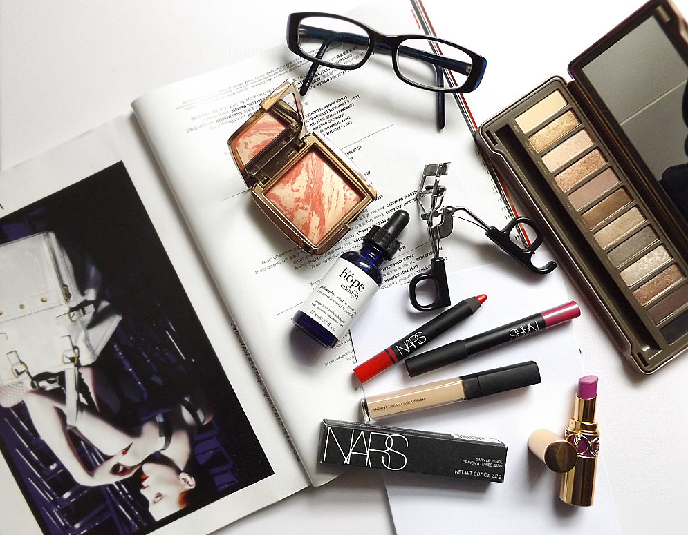 makeup flatlay instagram blog behindtframes