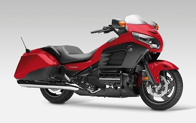 Honda Gold Wing F6B (2013) Front Side