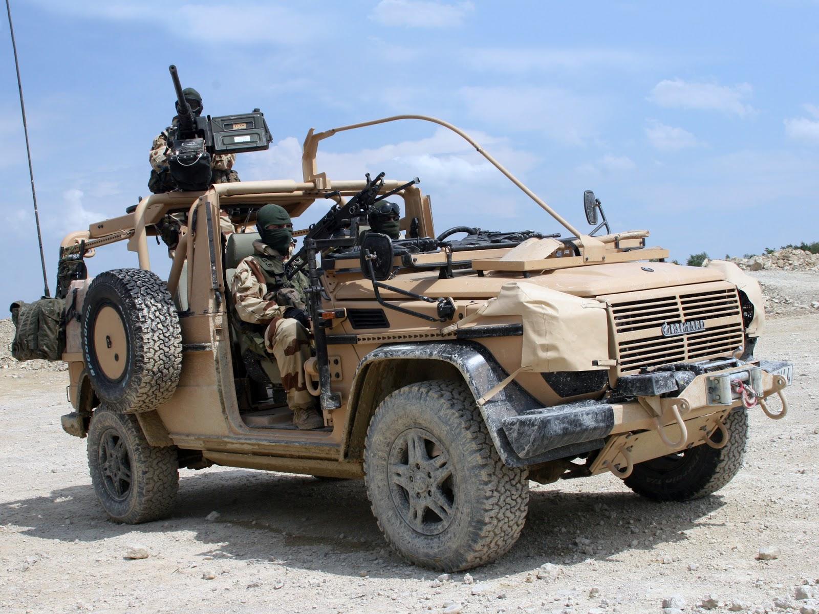 Operación Serval en Mali Panhard+VPS+Forces+Sp%C3%A9ciales+1er+RPIMa