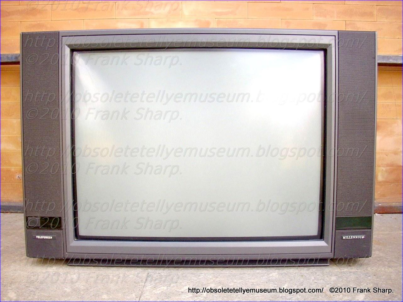 Obsolete Technology Tellye !: TELEFUNKEN PALCOLOR HIFI 29 ...