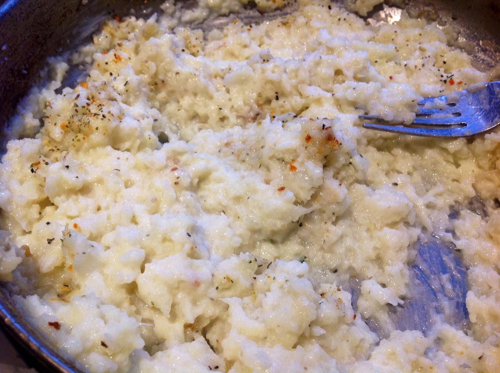 cooked and mashed cauliflower