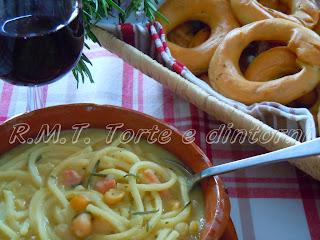 """La tradizione in tavola """"Pasta e ceci"""""""