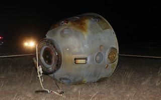 Landung Shenzou-8: HQ-Fotogalerie der Landekapsel am Boden bei Siziwang Banner, Innere Mongolei, China