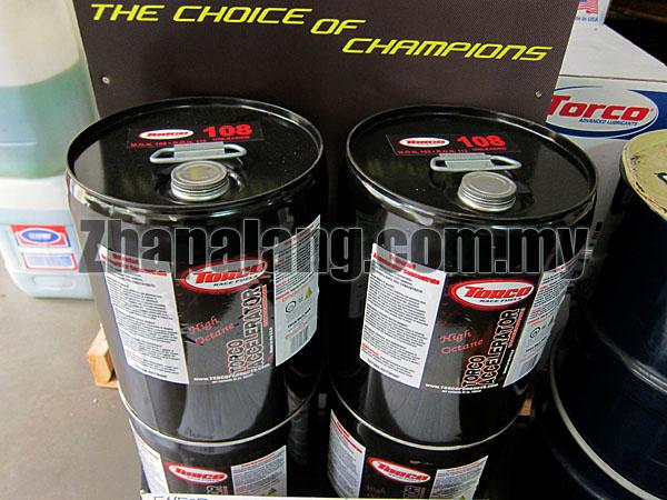 torco 108 octane unleaded racing gasoline pail zhapalang motorsport. Black Bedroom Furniture Sets. Home Design Ideas