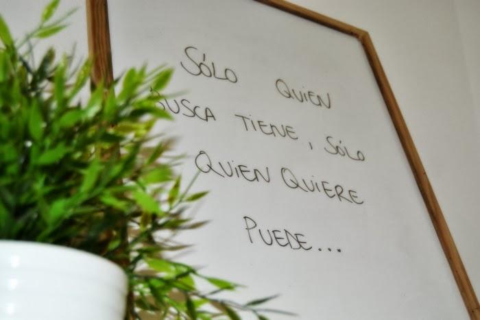 decoración_salon_ikea_guirnaldas_primavera_colores_alegre_nudelolablog_14