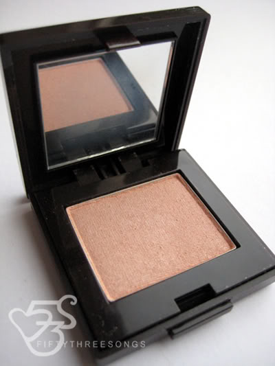 Laura Mercier Sandstone Eyeshadow Photos, Swatches and Review