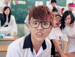 Clip Hài: Kính  Vạn Bông - 2013 - Clip Học Trò Hay Nhất