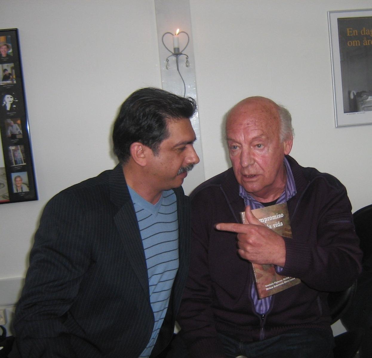 El poeta Gustavo Figueroa Velásquez y el escritor uruguayo Eduardo Galeano (QEPD)
