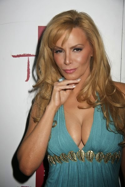 Cindy margolis hot boobs